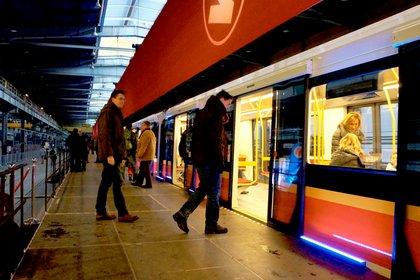 В варшавском метро загорелся новый поезд