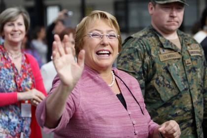 Мишель Бачелет выиграла первый тур президентских выборов в Чили