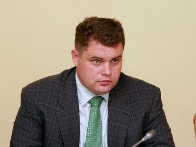 Депутат Илья Лазаренков испортил рейтинг смоленскому градоначальнику