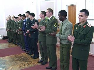 Смоленские курсанты состязались в выразительном чтении русской поэзии