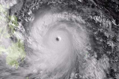 На Филиппины обрушился сильнейший тайфун за год