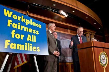 Сенат США запретил дискриминацию гомосексуалов на рабочих местах