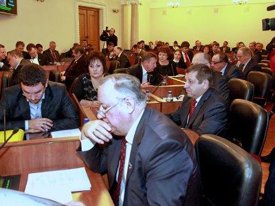 Смоленские парламентарии лишились своих фондов