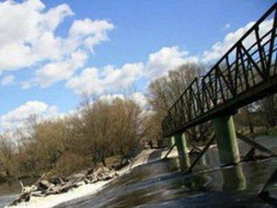 В Дорогобуже девушка из-за депрессии прыгнула с моста в реку