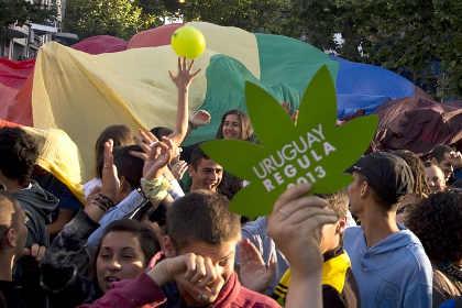 Международный наркоконтроль осудил легализацию марихуаны в Уругвае