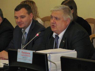 Городской парламентарий — о судьбе депутатских фондов: «Мы сняли штаны»