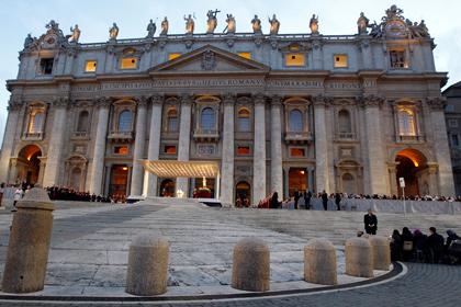 На площади святого Петра в Ватикане совершено самосожжение
