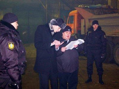 Арестованный за неуплату алиментов МАЗ владелец выкупил за 30 тысяч рублей
