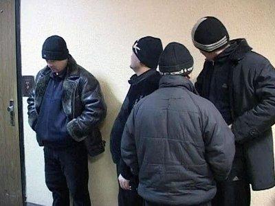 Работодателя, отправившего семерых узбеков в командировку, наказали рублем