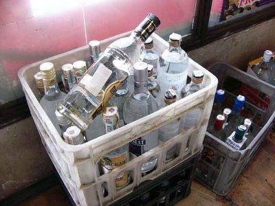 Полицейская спецоперация выявила 3,5 тысячи литров контрафактного алкоголя