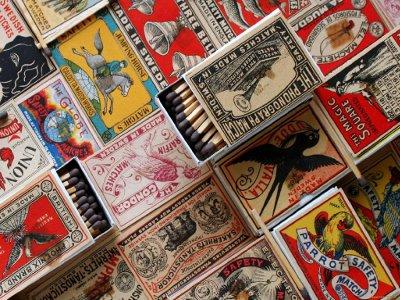Смолянам презентуют коллекцию спичек из разных уголков мира