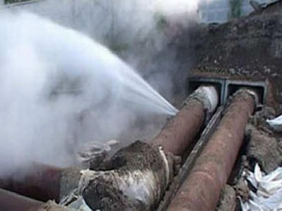 Несколько улиц Смоленска из-за аварии остались без воды