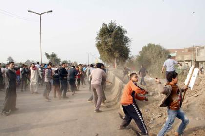 За первый день референдума в Египте погибли десять человек
