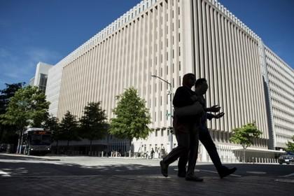 Всемирный банк приостановил выдачу кредита Уганде