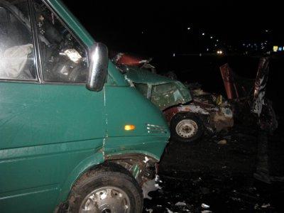 Молодой шофер «десятки», влетев в «Мерседес», разбился вместе с пассажиром
