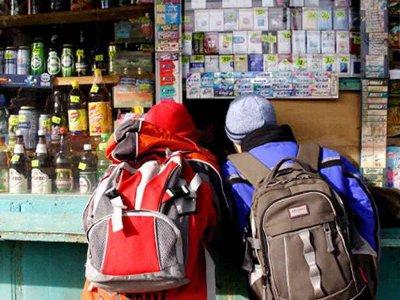 Продавцов смоленских магазинов научат не отоваривать детей сигаретами