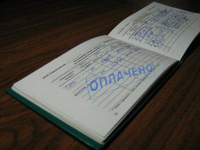 Замдиректора рославльского колледжа пойдет под суд за поборы со студентов