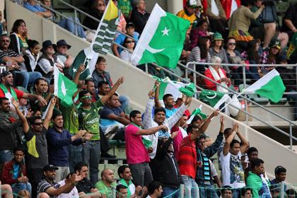 Индийских студентов отчислили за поддержку пакистанской команды