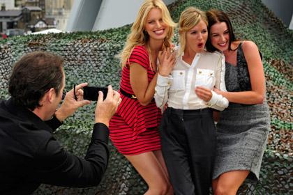 В Массачусетсе запретят тайно фотографировать женщин в коротких юбках