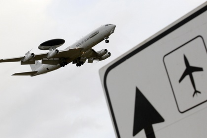НАТО отправляет на границу с Украиной самолеты AWACS