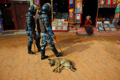 В Катманду начались беспорядки из-за повышения цен на бензин