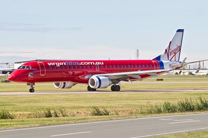 Пассажирский самолет сел на острове Бали из-за угрозы захвата