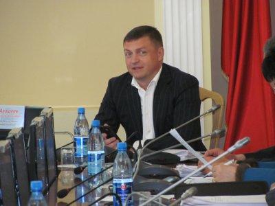 Депутаты отказались увольнять Николая Алашеева