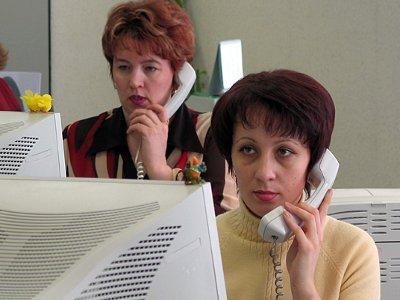 Смолян призвали сообщать о «серых» зарплатах по телефону доверия