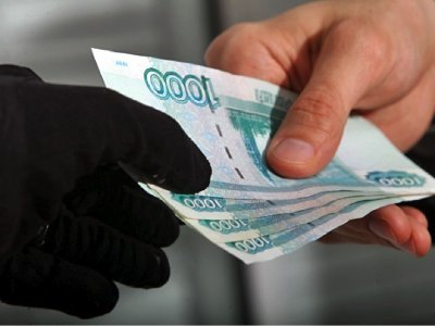 Отдав заработанное в Москве вымогателю, ярцевчанин побоялся заявлять в полицию