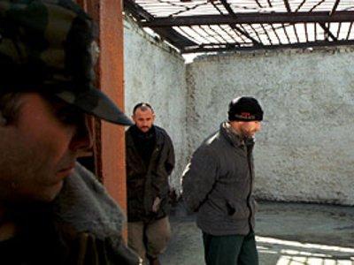 Одному из банды крышевателей на три месяца скостили срок заключения