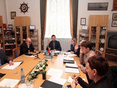 Депутаты отклонили представление прокуратуры об увольнении Алашеева