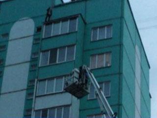 Смолянин пытался спрыгнуть с крыши многоэтажки
