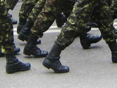 В весенний призыв в армию отправятся 1300 молодых смолян