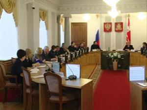 Региональная власть и Смоленская епархия обсудили совместные мероприятия
