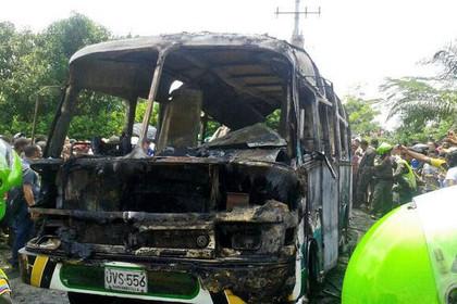 Пожар в автобусе в Колумбии унес жизни более 30 детей