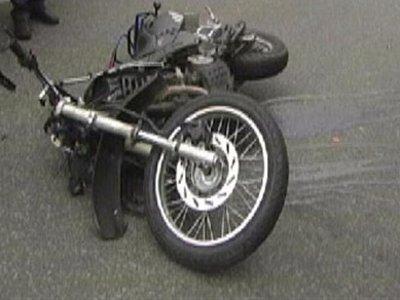 Наехавший на пешехода мотоциклист вместе с ним попал в больницу