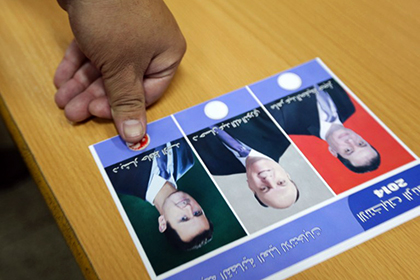 Башар Асад проголосовал на выборах президента
