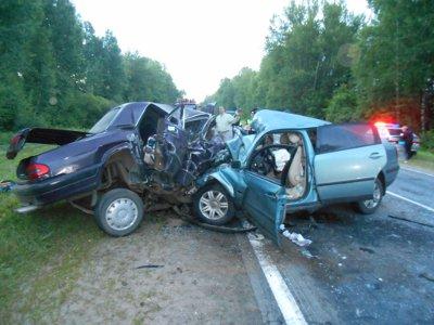 Страшная авария в Рославльском районе унесла жизни шести молодых людей