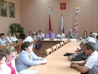 Смоленские депутаты посетили Духовщинский район