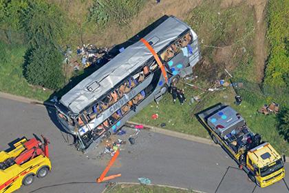 Число жертв ДТП под Дрезденом достигло 11 человек