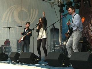 Любители рок-музыки встретились на смоленском «Сафонии»