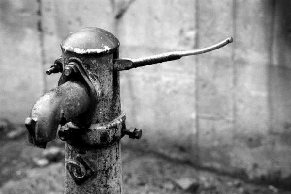 В Смоленске на трёх улицах отключат воду