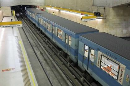 В столице Чили эвакуировали более тысячи пассажиров метро
