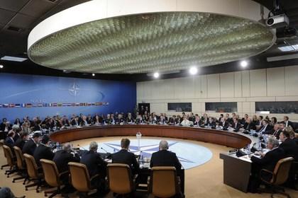 Саммит НАТО пройдет без России