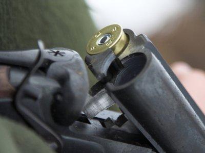 В Гагаринском районе мужчина смертельно ранил родного брата и застрелился сам