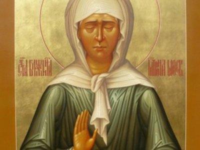 Патриарх Кирилл подарил Смоленской епархии икону с мощами Матроны Московской