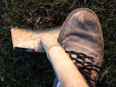 Ярцевчанин убил друга топором и закопал в канаве