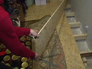 В Смоленской области жителей аварийного дома переселили в не менее ветхие квартиры