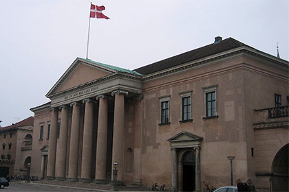В Копенгагене в здании суда убили человека