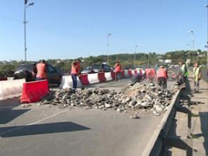 Ремонт моста в Смоленске затрудняет автомобильное движение